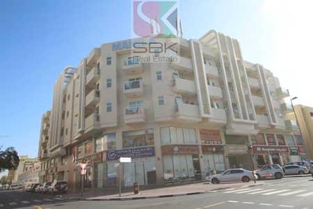 محل تجاري  للايجار في السطوة، دبي - Retail Outlets For Kabayan