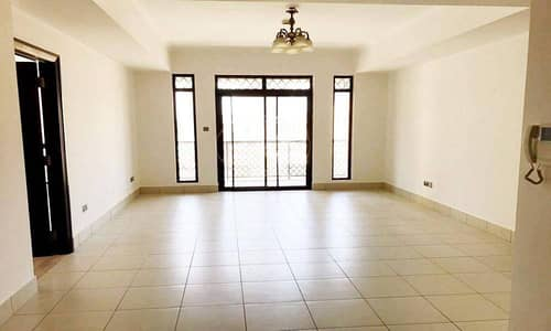 2 Bedroom Apartment for Rent in Old Town, Dubai - Amazing 2-Bed | Zaafaran | Well Maintained