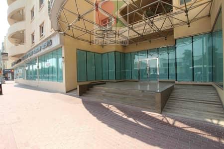 معرض تجاري  للايجار في بر دبي، دبي - || ( Just @105 per sqft ) || Hot Deal || 12