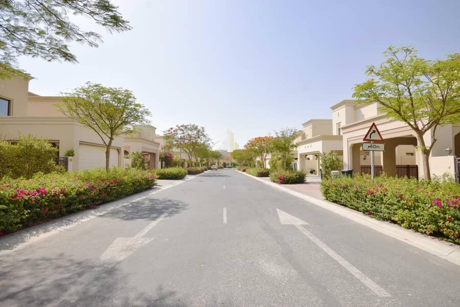 Resale | Near Pool and Park | Spacious 4BR+M | Casa Villa