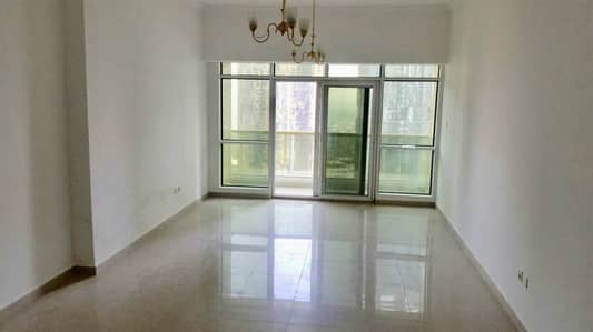 1 Bedroom opposite JLT metro station full lake view