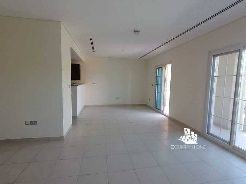 Spacious 2 Bed Th +Maid   Private Garden