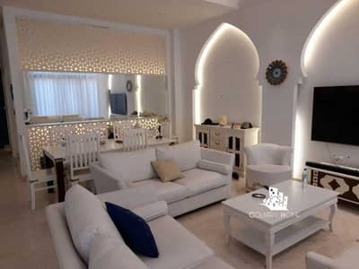 5 Bedroom Townhouse for Sale in Palm Jumeirah, Dubai - ONE STEP ON THE BEACH | 5 BEDS | ISLAND LIVING