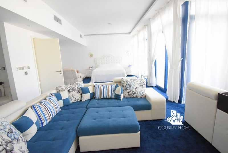 19 ONE STEP ON THE BEACH  5 BEDS   ISLAND LIVING