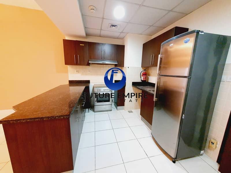 شقة في برج الشعفار الخليج التجاري 1 غرف 49999 درهم - 5169108