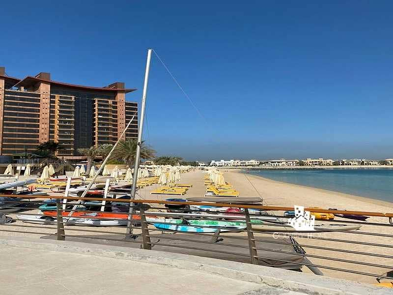19 Pristine 2 Bedroom with Direct Beach Access