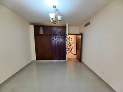 1 Bedroom Apartment for Rent in Bur Dubai, Dubai - Cheaper Price 35k 13Months With Balcony And All Facilities