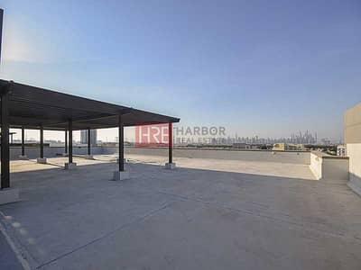 مکتب  للايجار في مدينة دبي للإنتاج، دبي - Full Roof Floor  Ideal for Cafe   2-Months Free