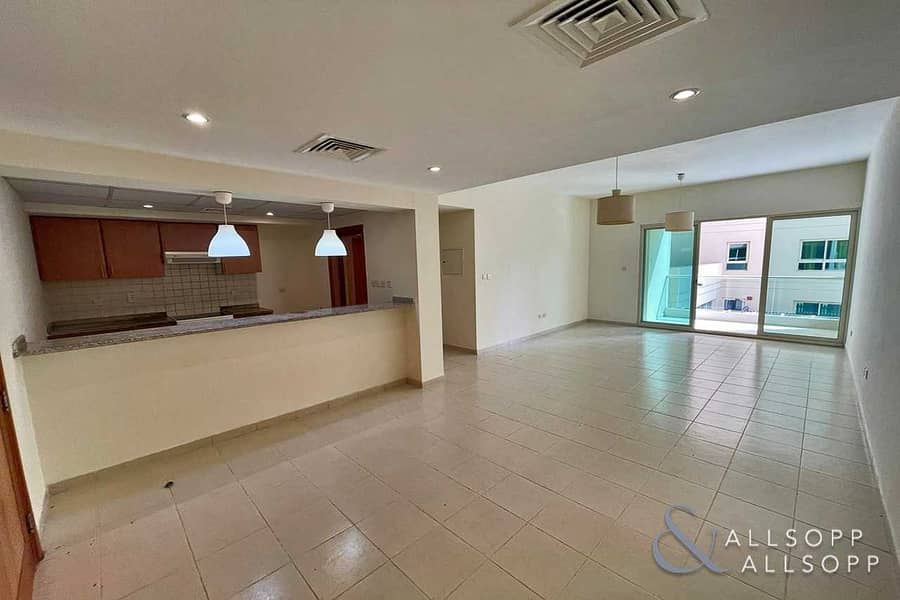 1 Bedroom Apartment | Pool Facing | Vacant