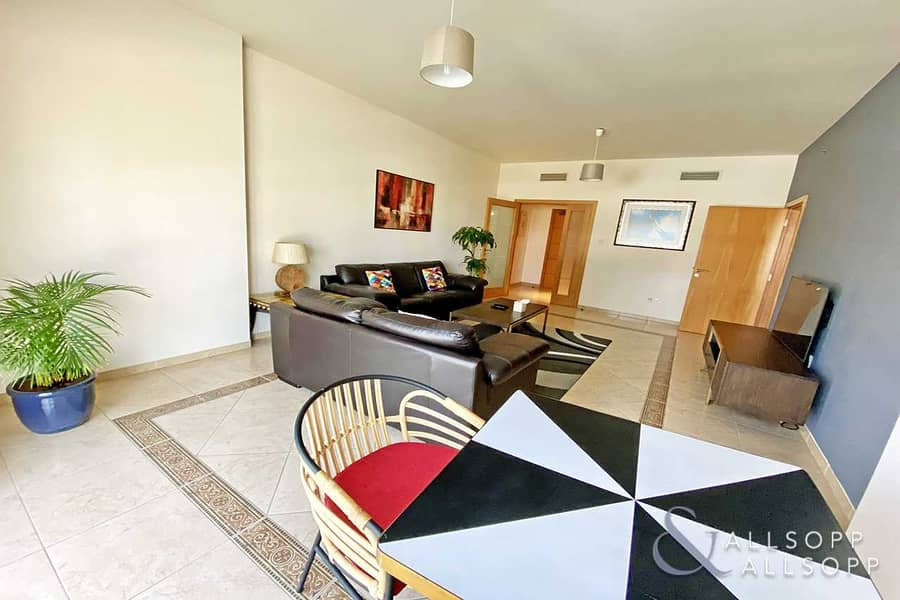 2 2 Bedrooms | City Views | Fully Furnished