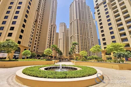 3 Bedroom Flat for Rent in Jumeirah Beach Residence (JBR), Dubai - Available now   3 Bedrooms   Unfurnished