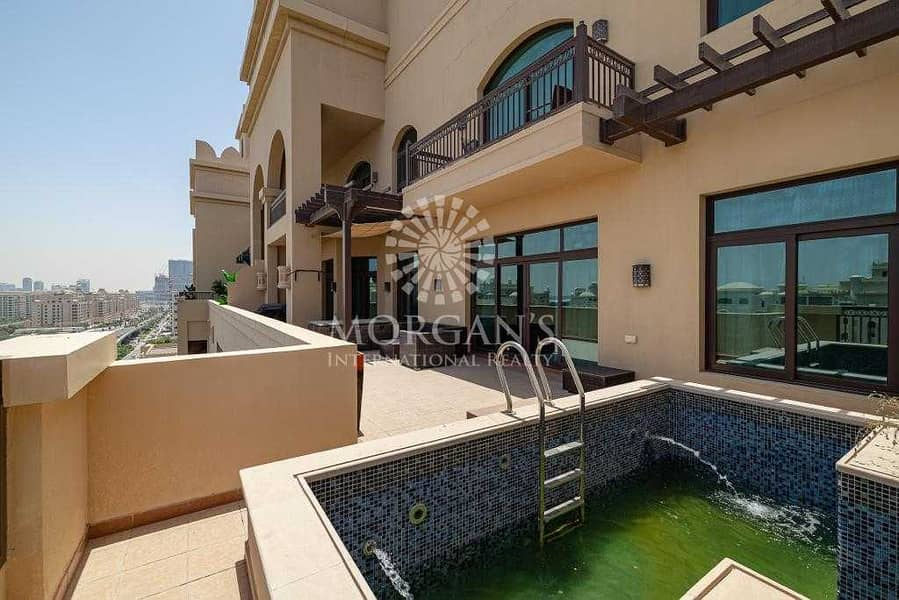 22 Exclusive / New om the Market/Private Pool