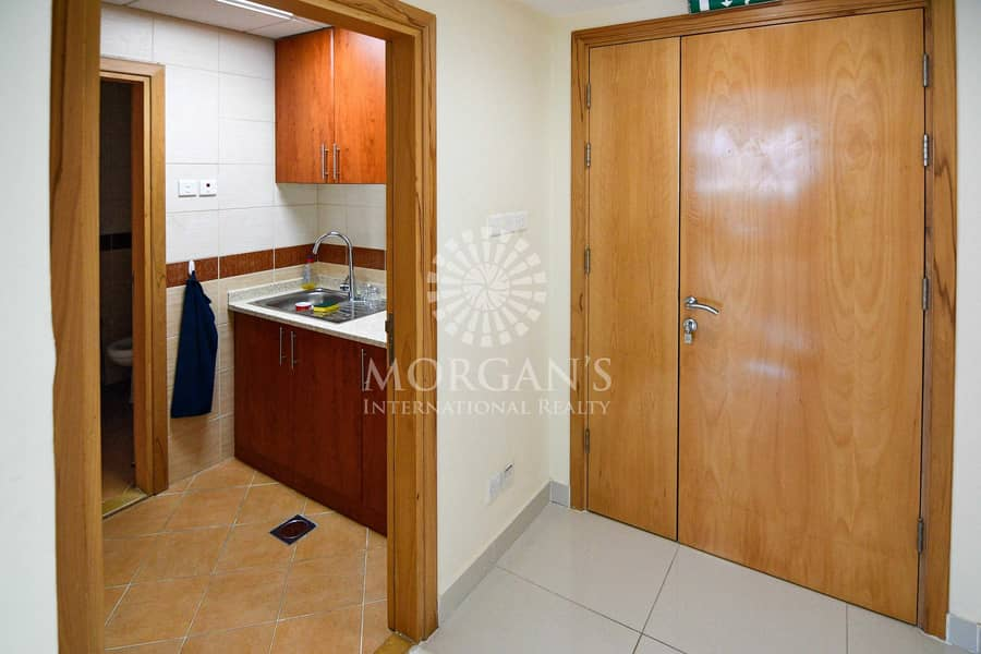 12 Fully Furnished office for rent