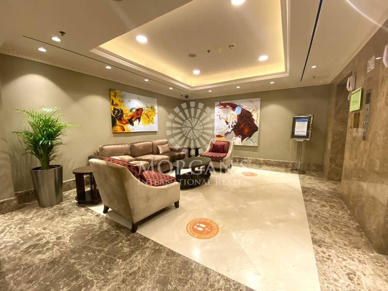 12 Luxurious I Community View I Large Layout