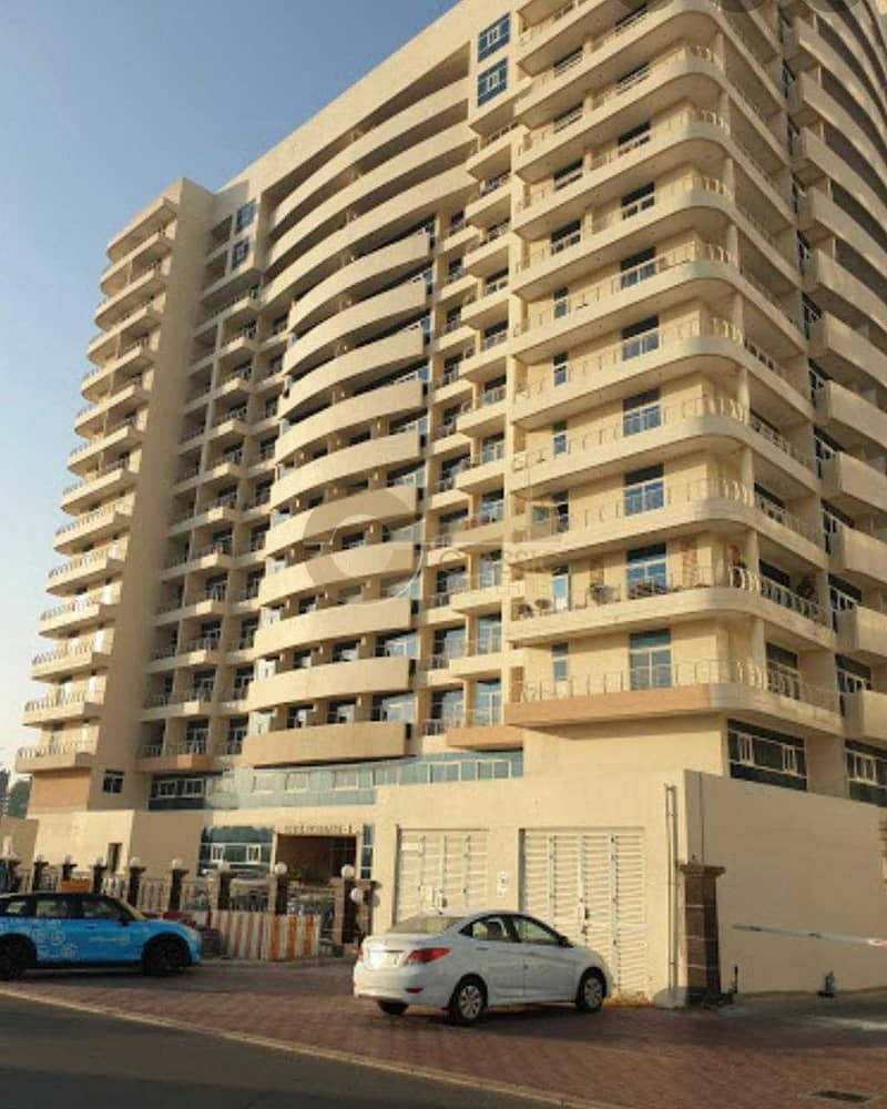 10 Great location| Upgraded Kitchen| 1 bedroom|
