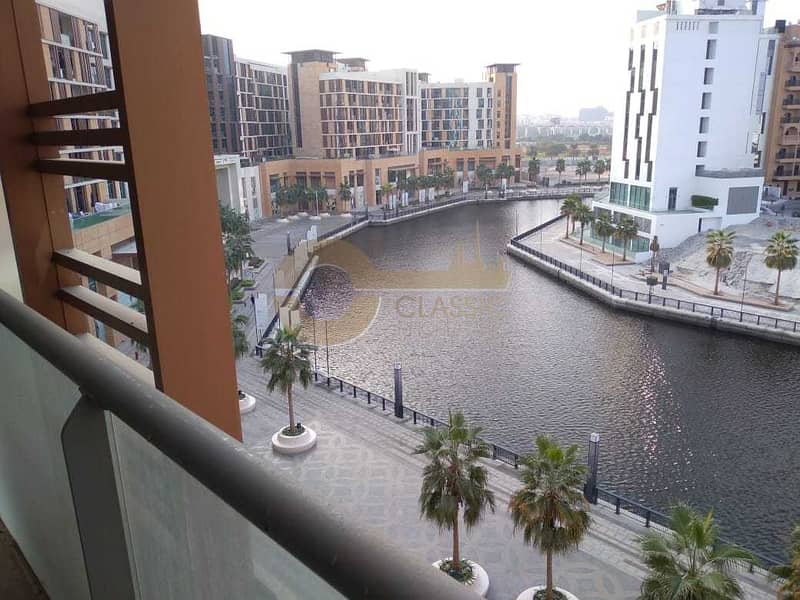17 DIRECT CANAL VIEW |HUGE 3BED+MAID| 2CAR PARKING