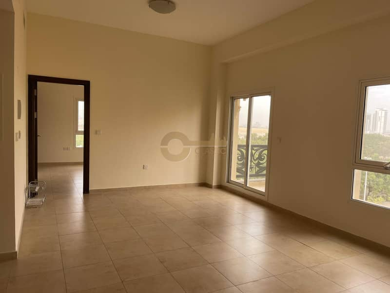 Spacious 1 bedroom| Closed kitchen| Inner circle