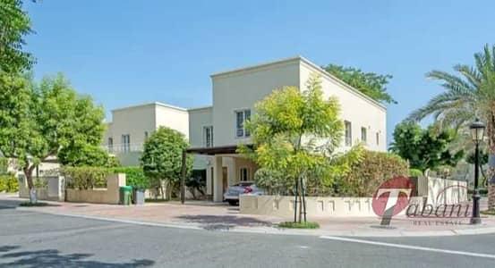 فیلا 4 غرف نوم للبيع في البحيرات، دبي - 4 BR Fully Upgraded Villa I Type 2 I Close to Pool