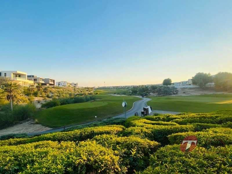 Genuine Listing Vacant B4 - 7 Bed Full Golf Course