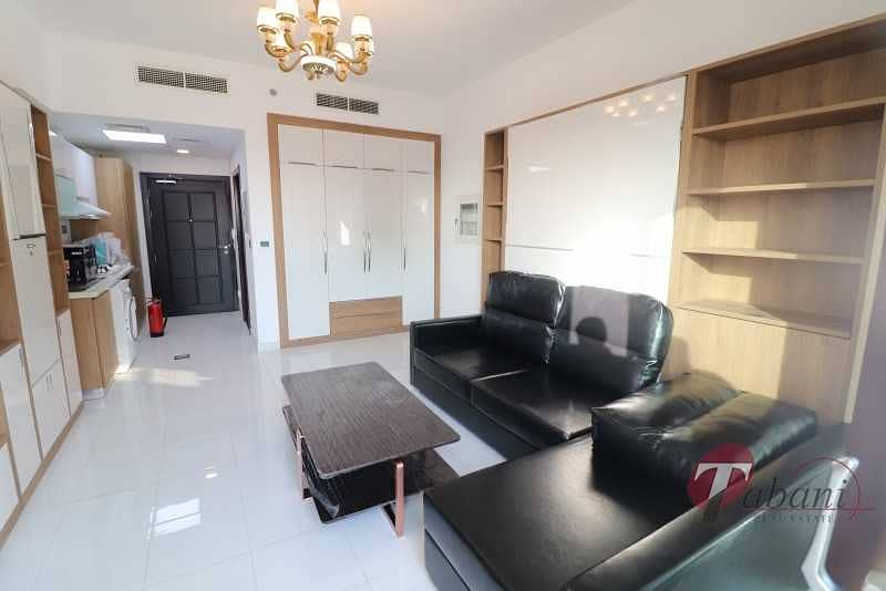 2 Multiple Cheques |Chiller Free |Near Metro Station