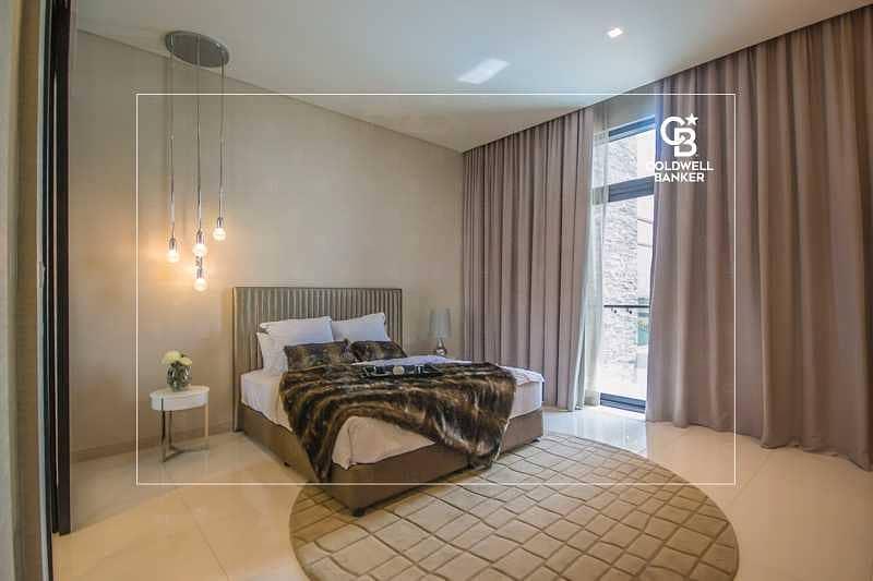 18 Luxurious Design I Large Plot I Full Greenery View