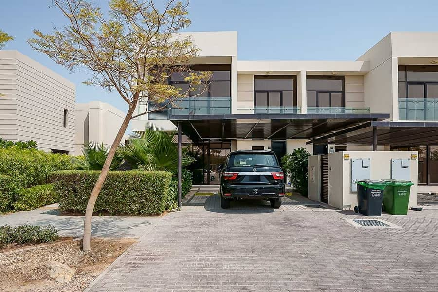 Exclusive   Fully Furnished Villa  Fountain View