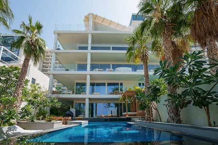 3 Bedroom Townhouse for Sale in Palm Jumeirah, Dubai - Luxurious 3bed + M   Sea View   Private Pool