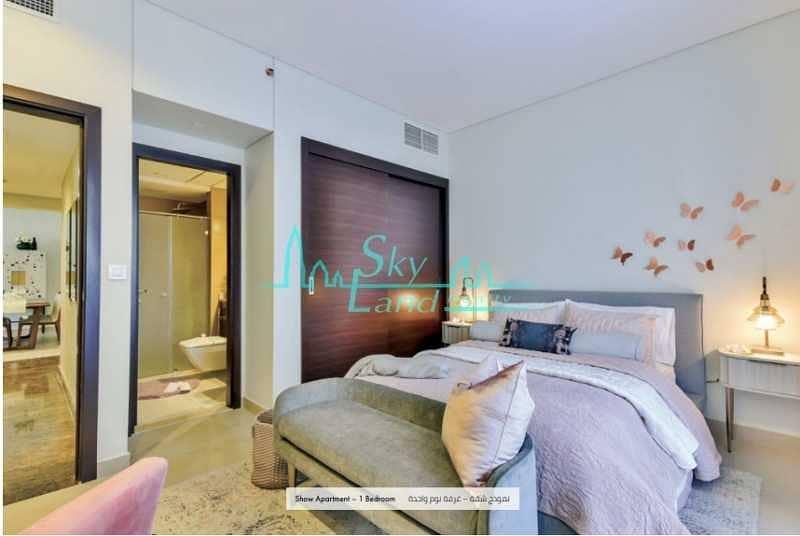 2 Sparkle 4-BR Penthouse Duplex 29th Floor Marina View