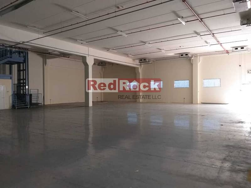 20 956Sqft  Air Conditioned Warehouse With Lift In Nad Al Hamar