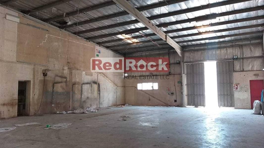 Warehouse of 2750 Sqft  Suitable for Garage in Ras Al Khor