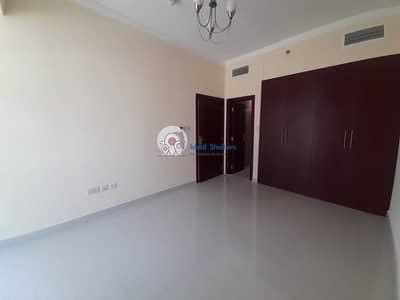 شقة 1 غرفة نوم للايجار في مدينة دبي الرياضية، دبي - Brand New Spacious   1BHK Plus Laundry   Lake View