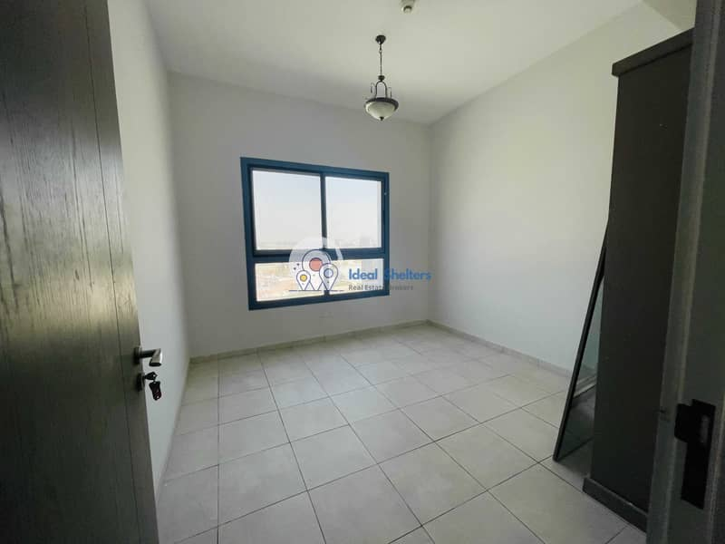 19 cheapest 2bhk in al warqaa  just 34k with 2 big balcony covered parking 30 days free