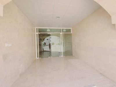 شقة 2 غرفة نوم للايجار في تجارية مويلح، الشارقة - شقة في بناية مويلح 3 تجارية مويلح 2 غرف 25000 درهم - 5206362