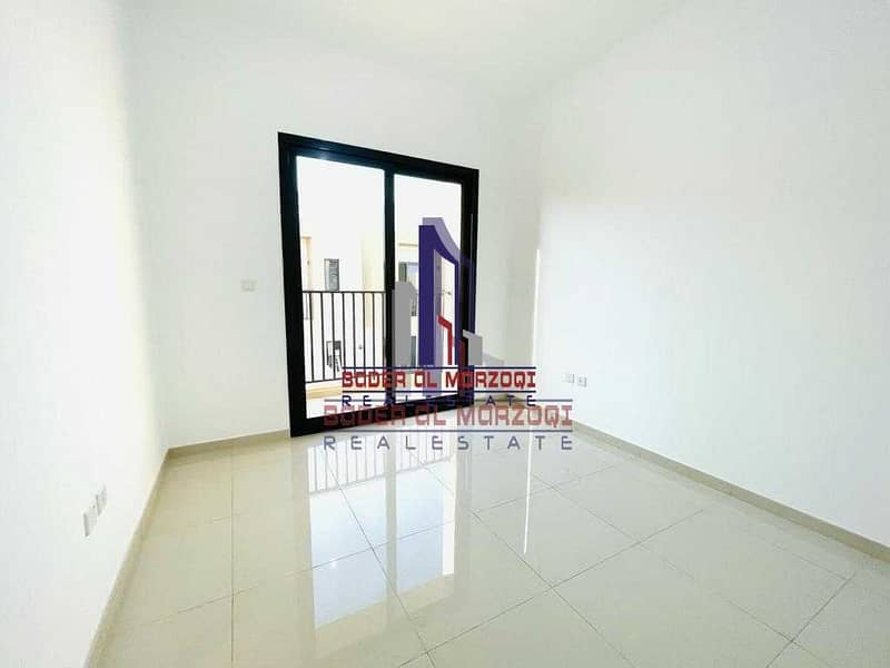 2 Lavish (2 Bed + Mad Room) Townhouse | Easy payments