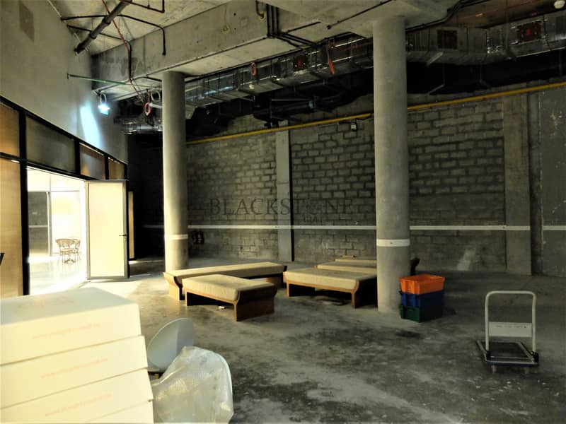 38 SHELL AND CORE RETAIL SPACE FOR RENT. FOR F&B OUTLET ONLY