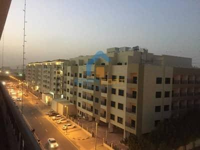 2 Bedroom Flat for Rent in Dubai Investment Park (DIP), Dubai - Huge Spacious 2 BHK | Maids+Laundry | Facilities . . .