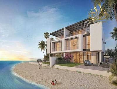 4 Bedroom Villa for Sale in Sharjah Waterfront City, Sharjah - Sea view villa for sale in Sharjah with installments!!!!!!