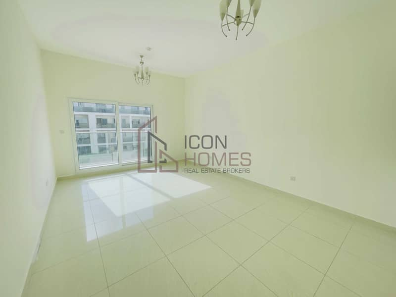 CHILLER FREE 1BEDROOM 12 CHQUES