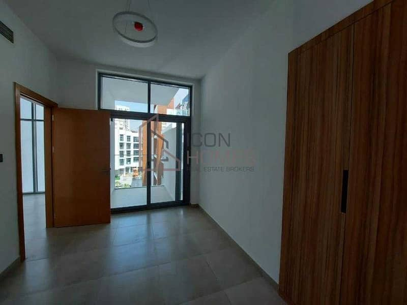 21 HIGH END ONE  BEDROOM  APARTMENT IN ELYSEE