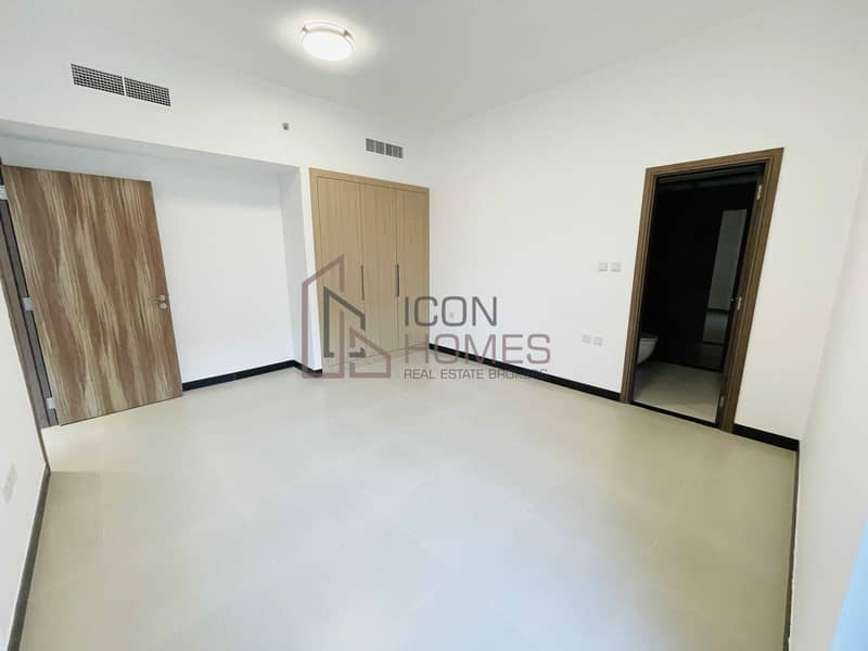 BRAND NEW APARTMENT  LUXURY HIGH END FINISHING