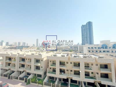 2 Bedroom Apartment for Rent in Jumeirah Village Circle (JVC), Dubai - Elegant   2 Br + Study  60 Day's Free   Huge Terrace  