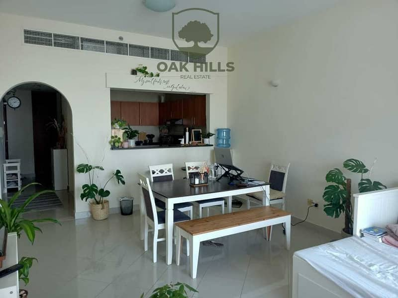 2 Rented   Spacious Lay Out   Well Maintain