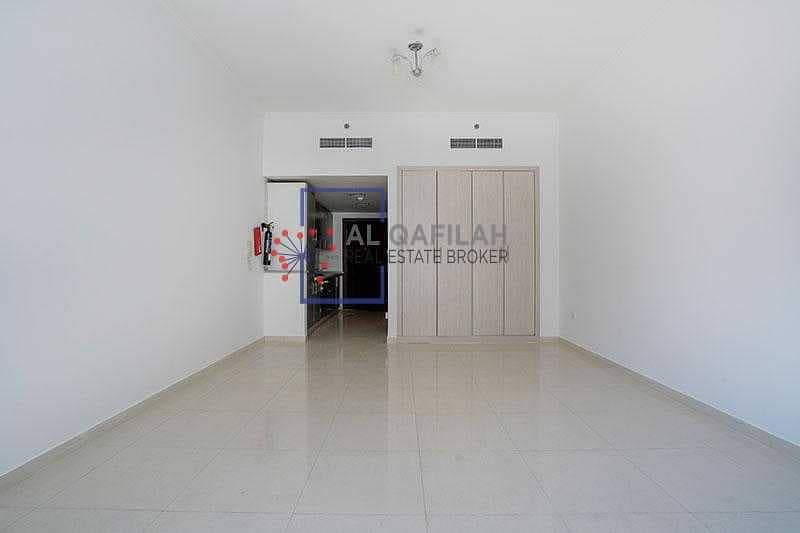 2 Chiller Included   MONTHLY INTALLMENTS   ALL AMENITIES   NEAR METRO