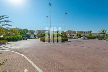 فیلا 3 غرف نوم للايجار في الريف، أبوظبي - Double Row 3BR Villa w/ huge terrace n garden