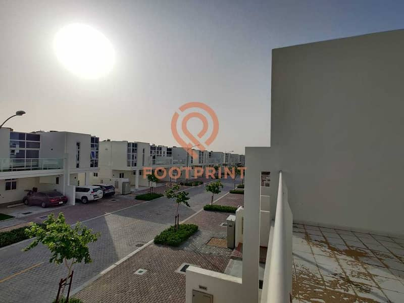 Very Well Maintained 3BR- Akoya Oxygen