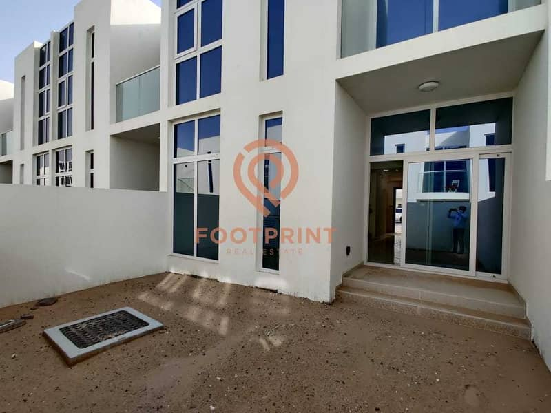 22 Very Well Maintained 3BR- Akoya Oxygen