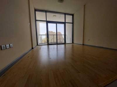 استوديو  للبيع في واحة دبي للسيليكون، دبي - View Possible - Vacant Studio - Open Kitchen - Wooden Floor