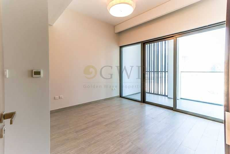 2 Spacious 1-BR Apartment with balcony in Business Bay