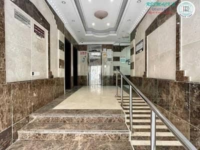شقة 1 غرفة نوم للايجار في الغوير، الشارقة - SPACIOUS 1 B/R HALL FLAT WITH SPLIT DUCTED A/C IN AL GHUWAIR AREA