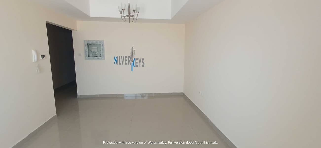 2 850 SQFT OFIFICE AVAILABLE  IN QUASIS  NO . 5